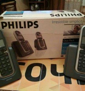 Два цифровых беспроводных телефона Philips