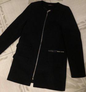 Легкое пальто Kira Plastinina