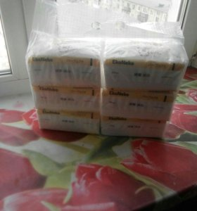 Салфетки бумажные. В упаковке 6 пачек по 150 шт.