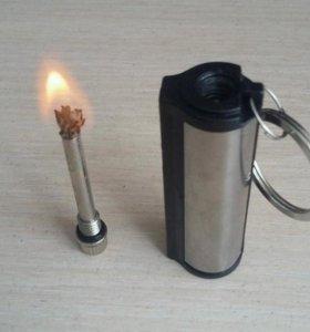 Зажигалка с огнивом бензиновая