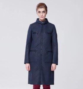 Стёганое демисезонное пальто, новое, р. 44-46