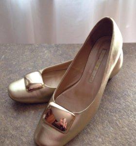 Туфли кожаные женские р. 39