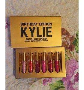 Набор : 6 матовых помад Kylie