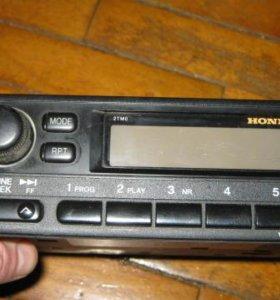 Радиомагнитала Honda