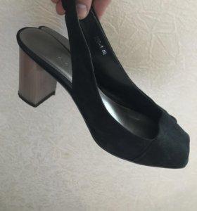 Туфли босоножки замшевые