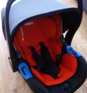 детское кресло для автомобиля, шезлонг