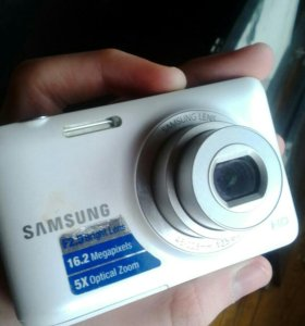 Samsung lens ES95