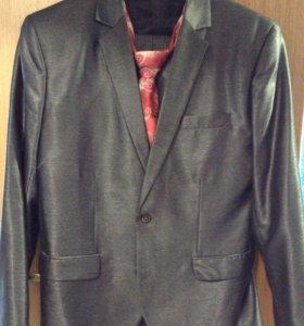 Костюм мужской (пиджак брюки)
