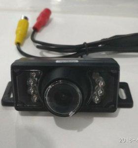 камера заднего вида с ИК