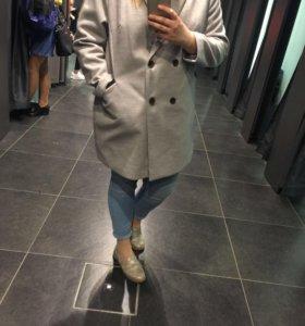 Продаю пальто KAIBI