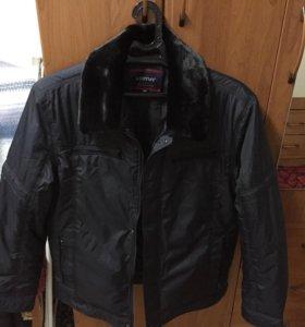 Продам мужскую куртку Leima