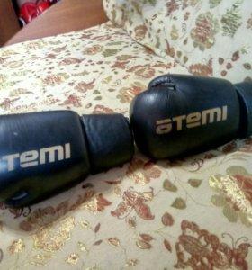Перчятки боксерские