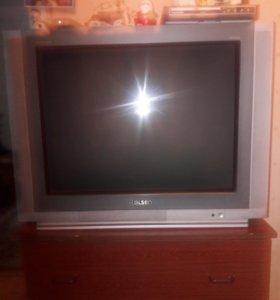 Телевизор Ролсен.