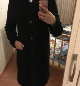 Почти новое пальто