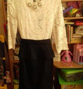 Платье с юбочкой новое 48разм
