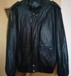 Куртка. .. Размер L...