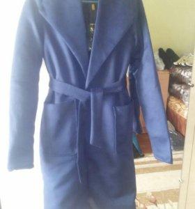 Пальто новое на подкладе 40-42