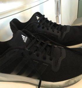 Adidas оригинал!мужские кроссовки 44-44,5 размер