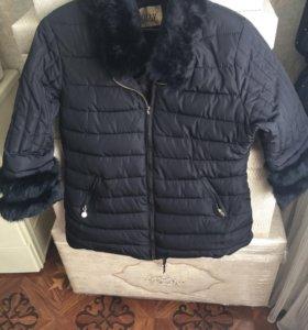 Куртка зимняя, одевала 2 раза