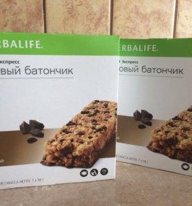 Белковый батончик шоколадный (Herbalife) гербалайф