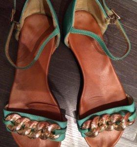 Обувь пара за 200 р