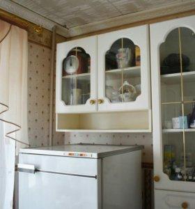 Кухонный гарнитур + стол