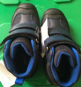 Ботинки демисезонные geox 27р.