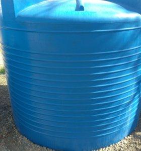 Емкость для воды 3000 литров.
