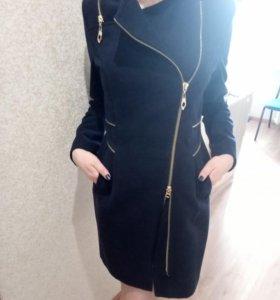 Пальто в идеальном состоянии рост до 180 см