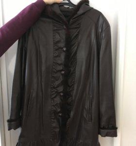 Женская удлиненная кожаная куртка