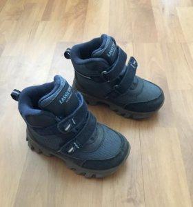 Ботинки размер 25