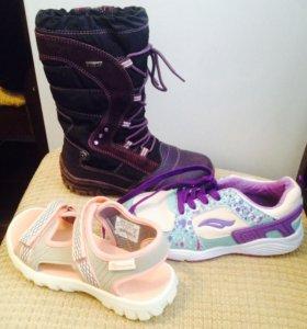 Обувь, сапоги, кроссовки, сандали.