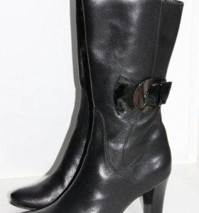 Продам женские сапоги, размер 39,5 (новые)