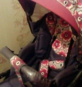 Продаю детскую коляску  почти новая есть все