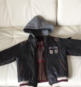 Кожаная куртка на мальчика