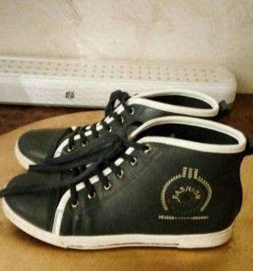 Ботинки б/у