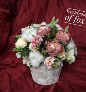 Изящная цветочная композиция