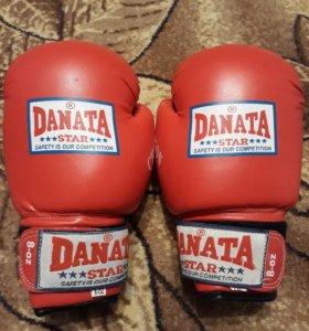 Боксерские перчатки размер 8
