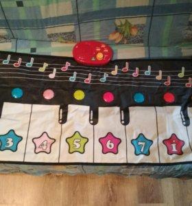 Музыкальный коврик - пианино