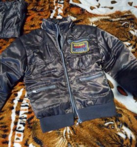 2 курточки на 5 лет(все 4 из профиля,за 500)