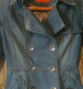 Срочно Продам джинсовой пиджака