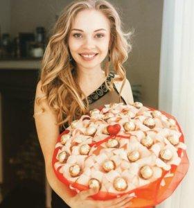 Шикарный букет из конфет Ferrero. Подарок девушке