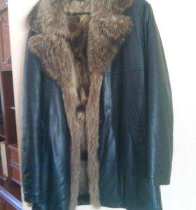 Кожаная Куртка внутри натуральный мех .зимняя.