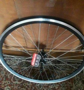 Колесо для велосипеда <<FELGEBIETER>>