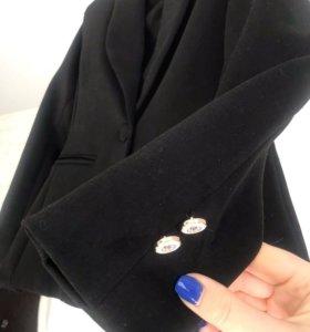 Брючный костюм Dolce Gabbana s/m