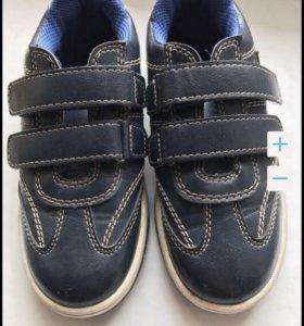 Ботиночки кроссовки новые