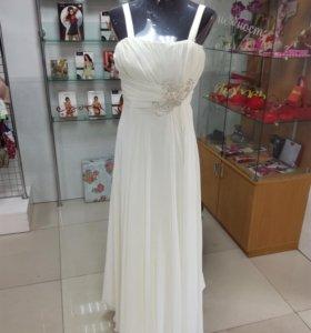 Платье свадебное/выпускной (новое)
