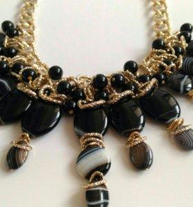 Дизайнерское ожерелье ручной работы из агата.