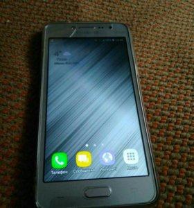 Смартфон Самсунг j2prime