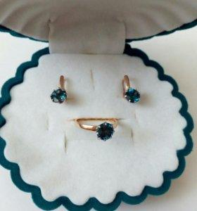 Золотой комплект (серьги и кольцо)